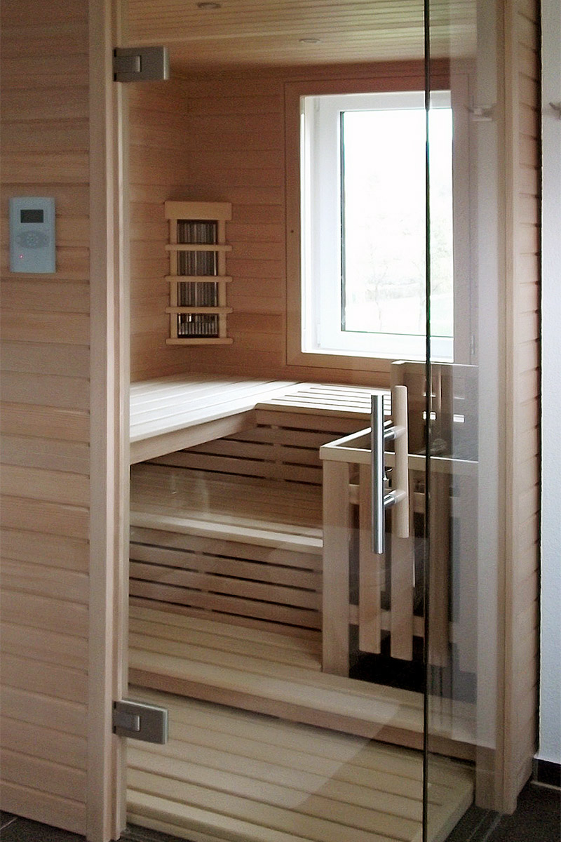 sauna mit infrarot eva saunabau. Black Bedroom Furniture Sets. Home Design Ideas